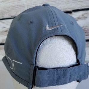 5b586ba1c29 Nike Accessories - Nike Golf Ultralight Tour RZN   VAPOR Panel Hat